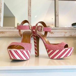 Jessica Simpson Striped Platform Heels ❤️